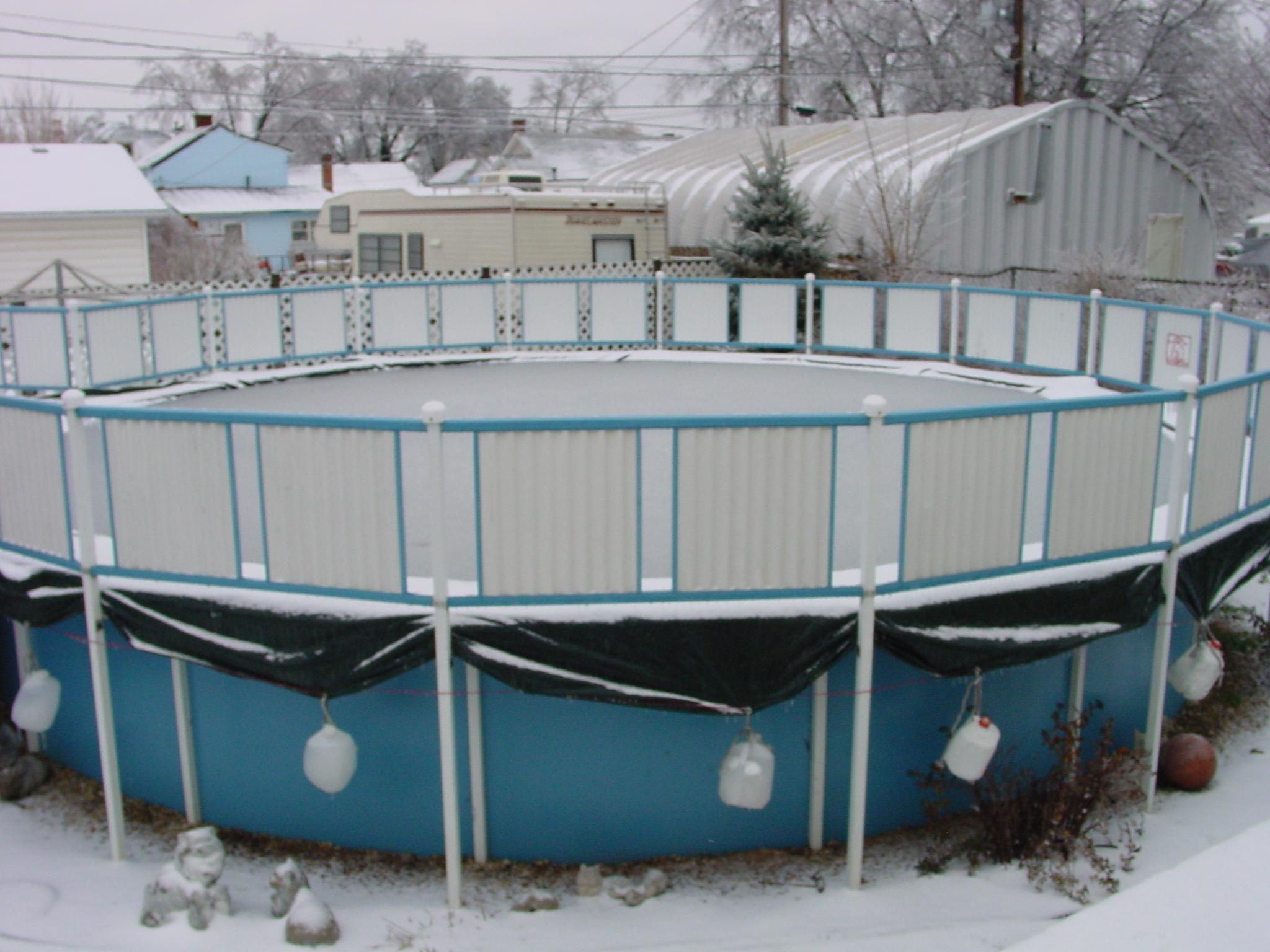 Above ground pools in ottawa the importance of properly winterizing your pool for Chemicals needed to close swimming pool
