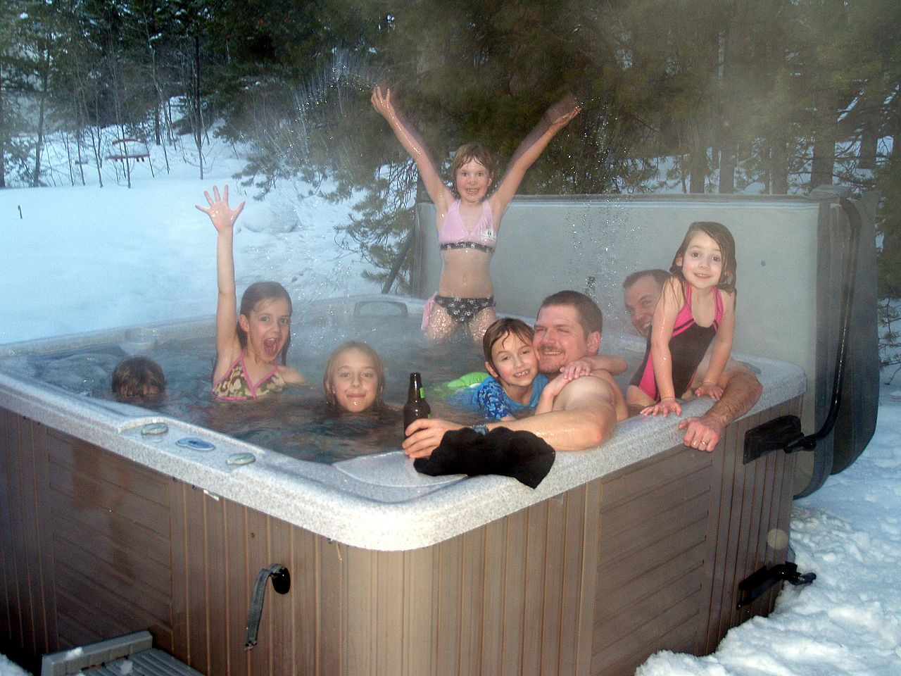 Winter Use for Your Hot Tub in Ottawa | Poolarama