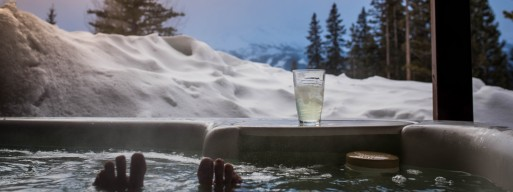 Hot tubs in Ottawa winters present a fantastic opportunity to relax and reap the benefits of thermotherapy.