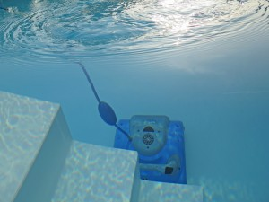 swimming pool vacuum - pool supplies in Ottawa