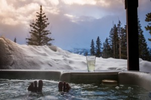 Want to make the most of hot tubs in Ottawa winter weather? Here are a few tips and points to start at.
