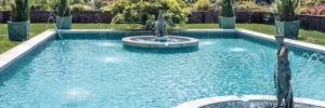 Swimming pool with fountains